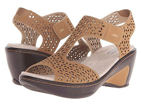 Pin By Terri Upham On Sandals Womens Shoes Wedges
