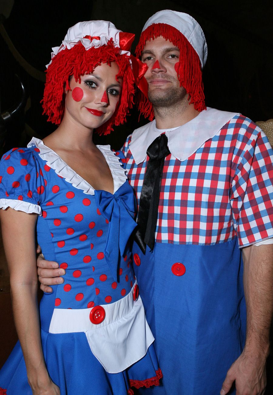 andy Adult and raggedy ann