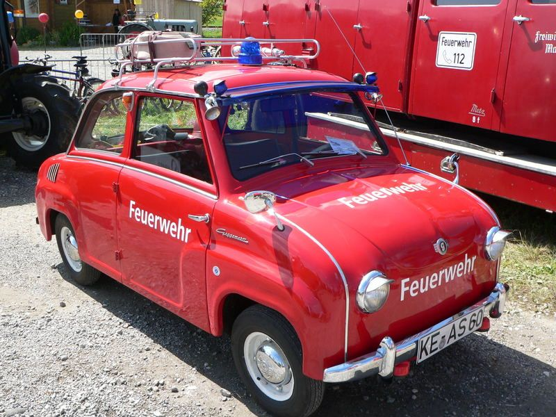 Feuerwehr-Goggomobil | Old vehicle | Pinterest | Cars, Small cars ...