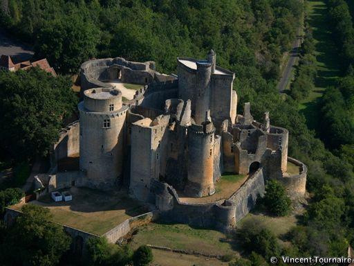 Chateau De Bonaguil Donjon Chateau Fort De Bonaguil Chateau De Bonaguil Chateau Chateau Fort