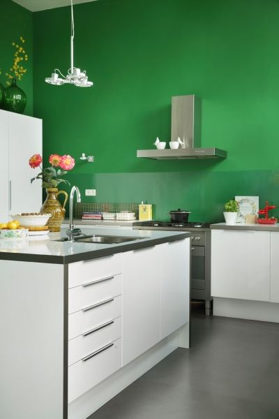 Keen on Green, Eibergen, Netherlands. Production by Features & More, Styling: Wilma Custers, Photography: Peggy Janssen