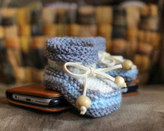 Newborn Booties Baby-boy Booties Knitted booties by LiliasDesign