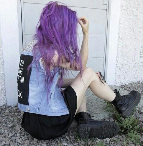 Фиолетовые волосы , http://www.hairhighlightsideas.com/hair-highlight-ideas/ colorful hair