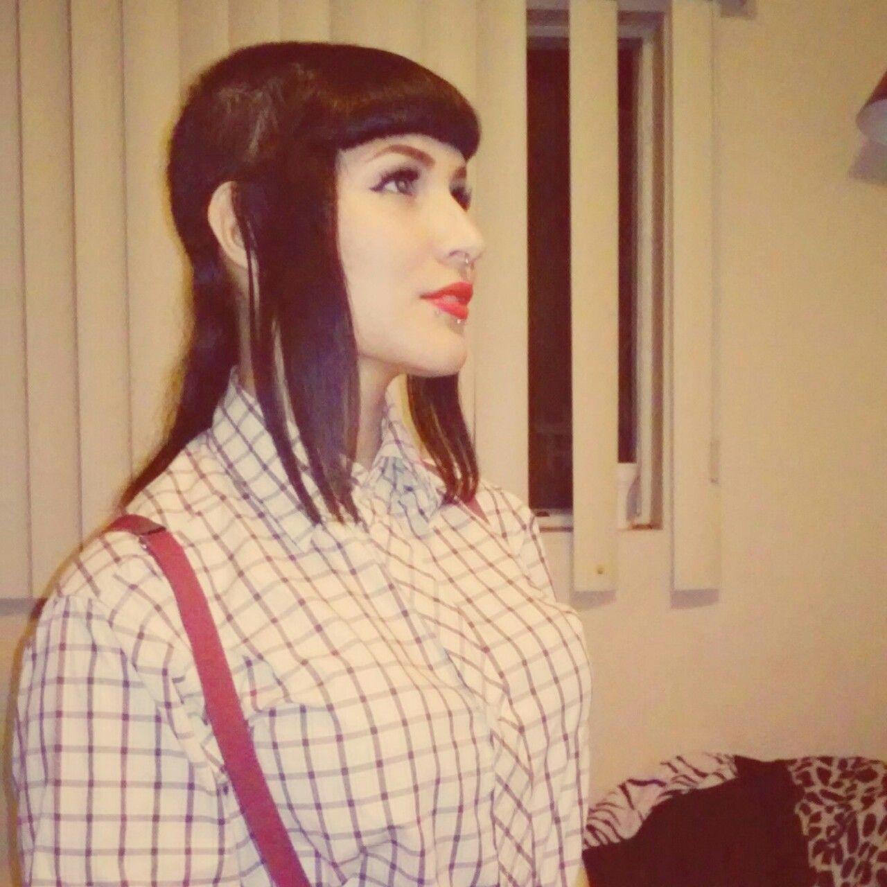 hot-skinhead-girls-petite-light-black-babe