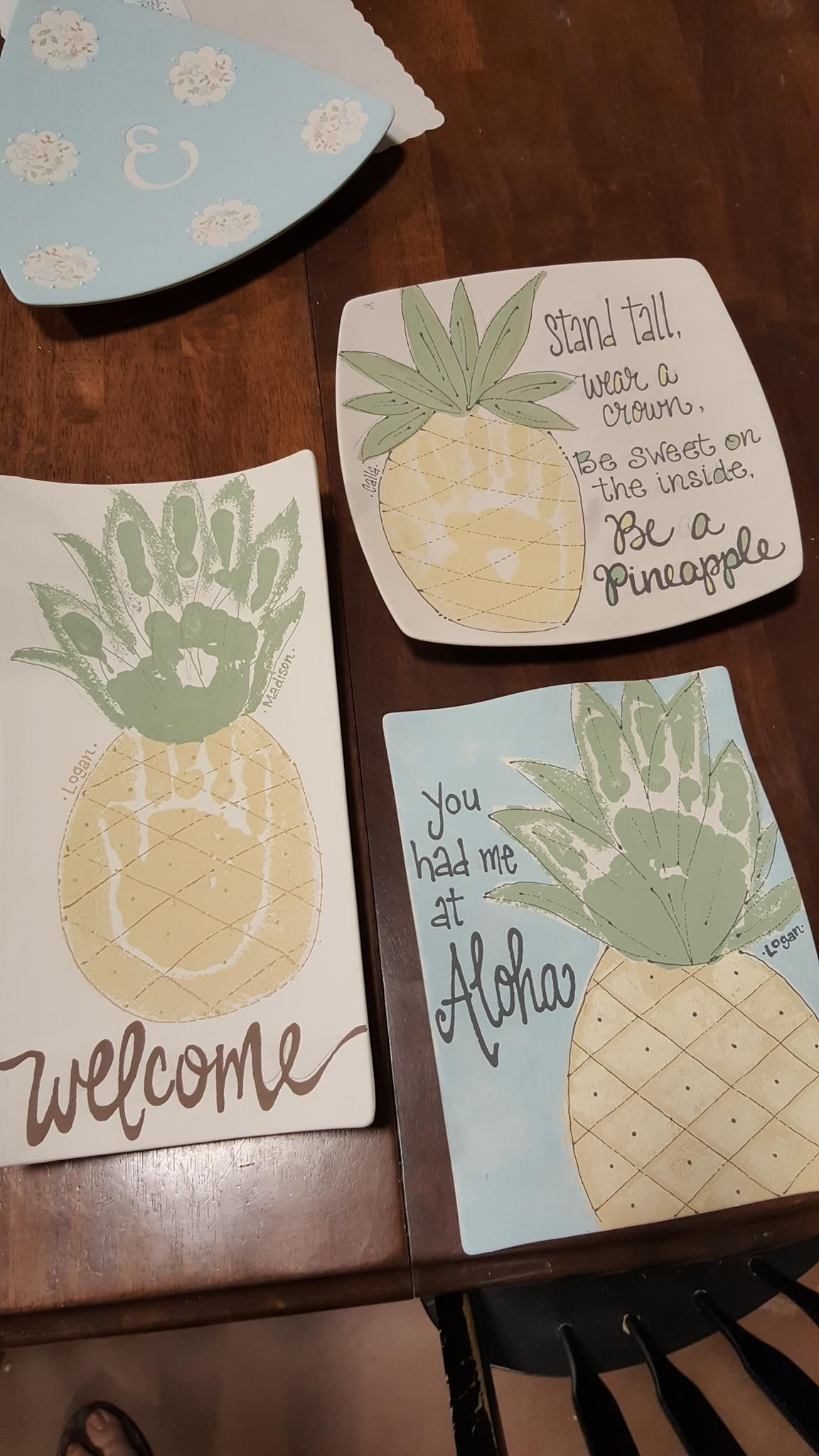 120 Handprints Footprints Ideas Paint Your Own Pottery Handprint Art Footprint Art