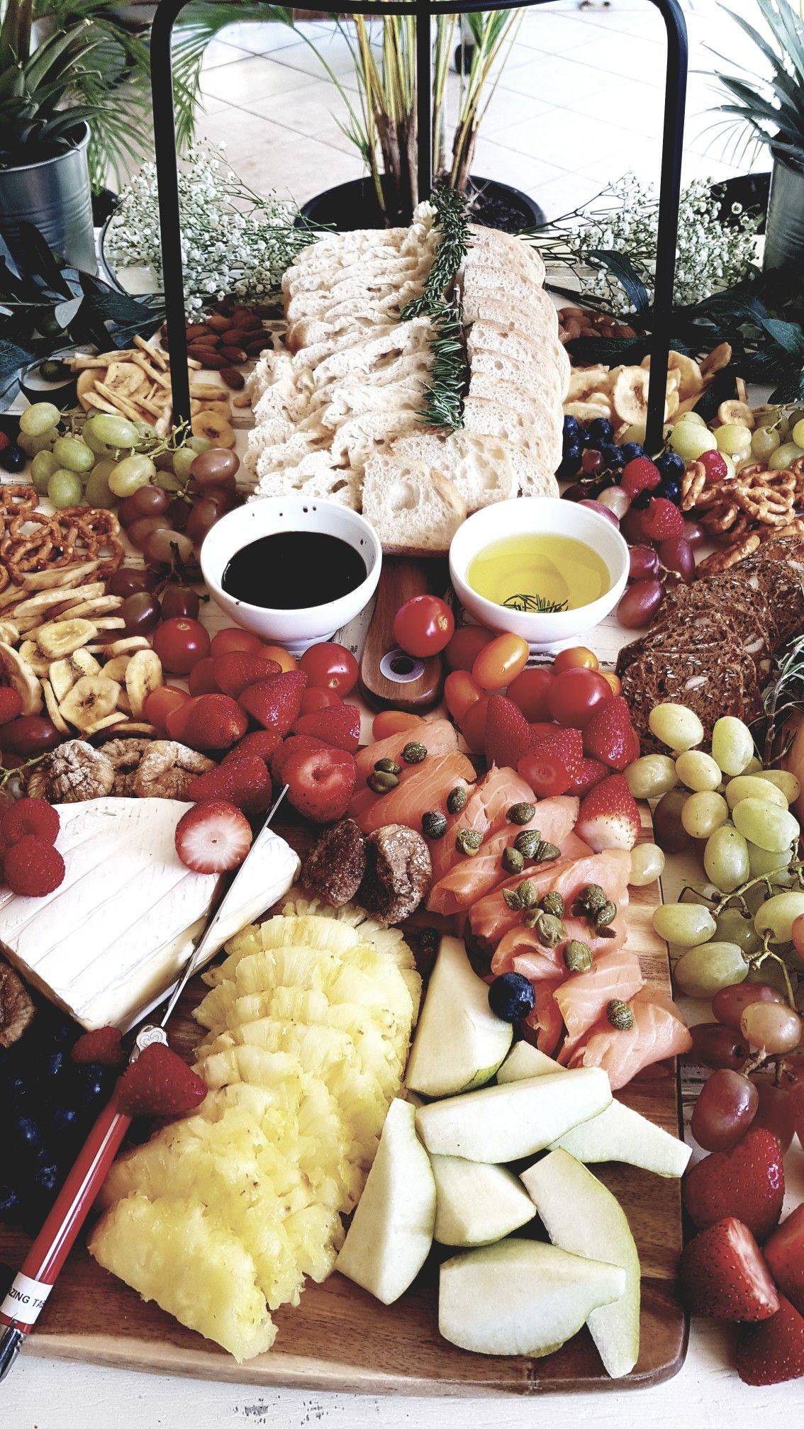 Grazing Table Bridal Shower Thegrazingtblelady Grazing Tables Food Fruit Platter