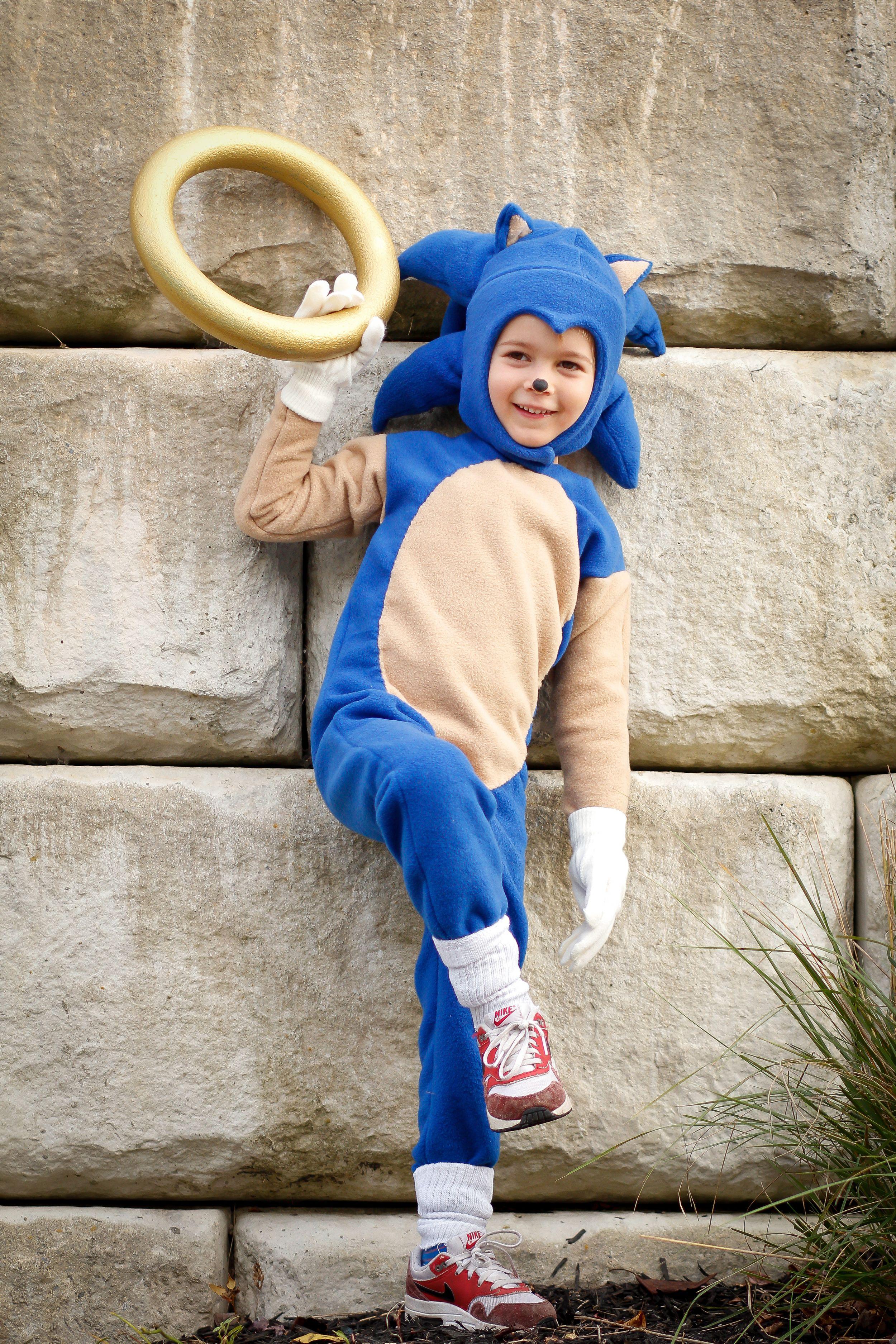 Handmade Sonic The Hedgehog Halloween Costume Diy Halloween Costume Tutorial Sonic The Hedgehog Halloween Costume Sonic The Hedgehog Costume Sonic Costume