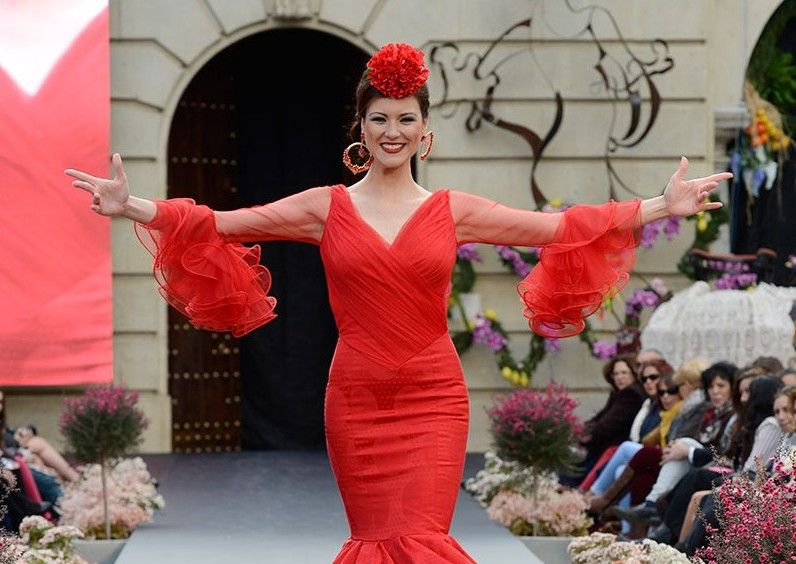 GALERÍA   Creatividad en la segunda jornada de trajes de flamenca en Andújar