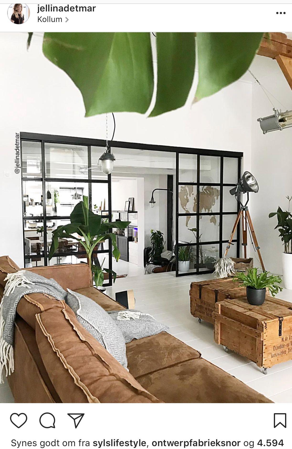 Fed vinduesvæg | KLC. | Pinterest | Masculine living rooms, Kitchen ...