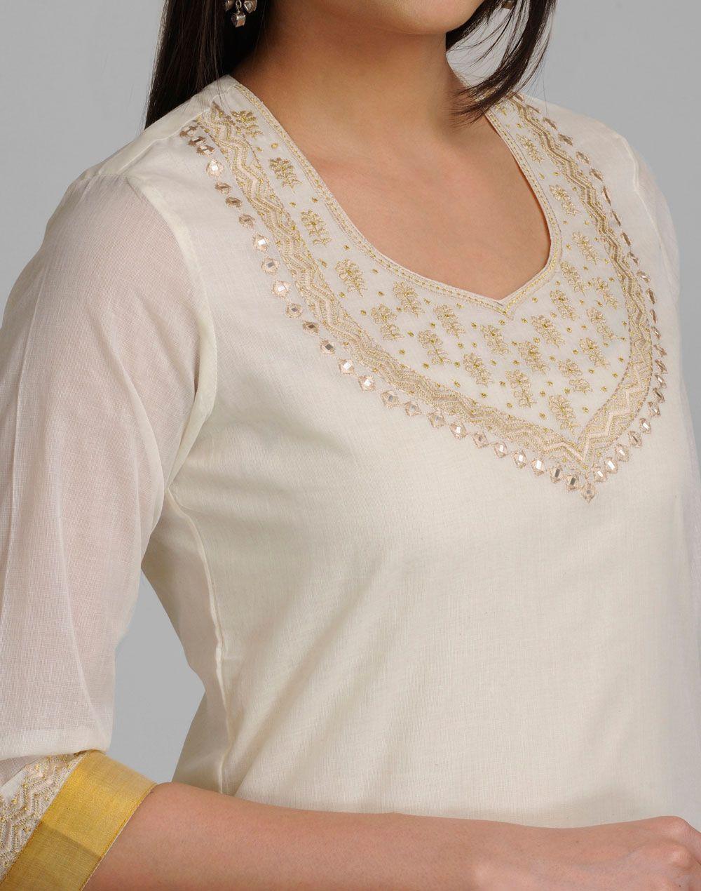 Cottonmundusweetheart neckq sleevesmodelus height neck