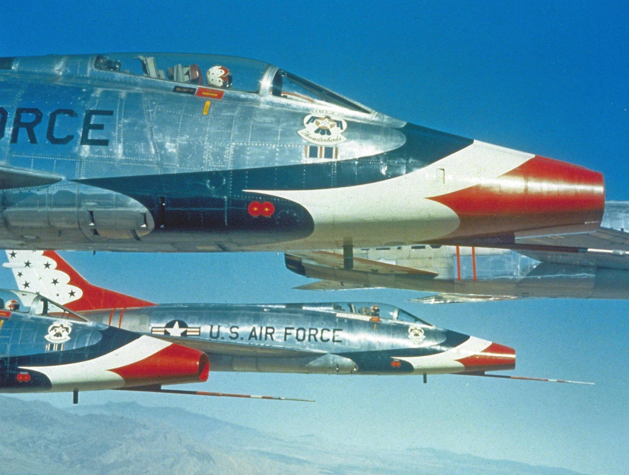 USAF F100 Thunderbirds (With images) Usaf thunderbirds