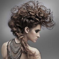 I will find a way to somehow incorporate this hairstyle with my halloween costume this year!