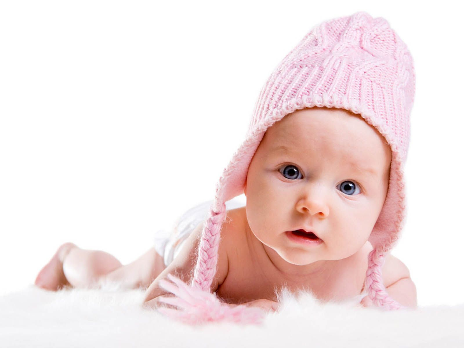 Baby In Pink Hat With Images Baby Pictures Baby Girl Names