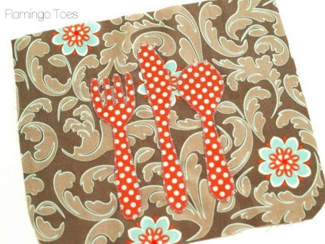 """""""Let's Eat"""" Potholder » Flamingo Toes  Would look cute on a casserole carrier"""