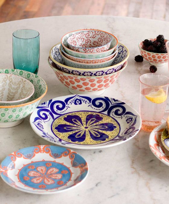 Colourful tableware and quirky kitchenalia from Anthropologie : colourful dinnerware - pezcame.com