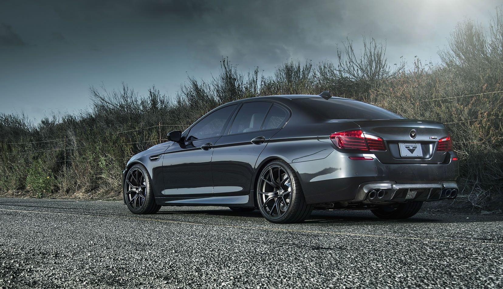 Pictures Of 2014 Bmw M5s Bmw Bmw M5 Bmw 5 Series