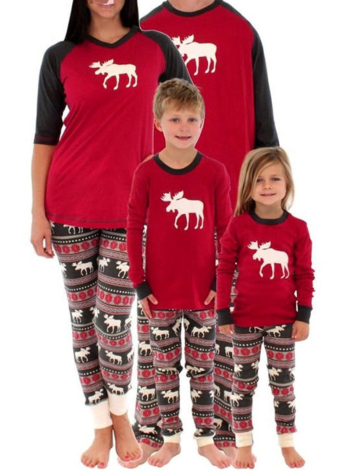 Amazon.com  Family Matching Christmas Pajamas Set For Mom And Dad Deer Striped  Sleepwear Outfits  Clothing 872e27d0e