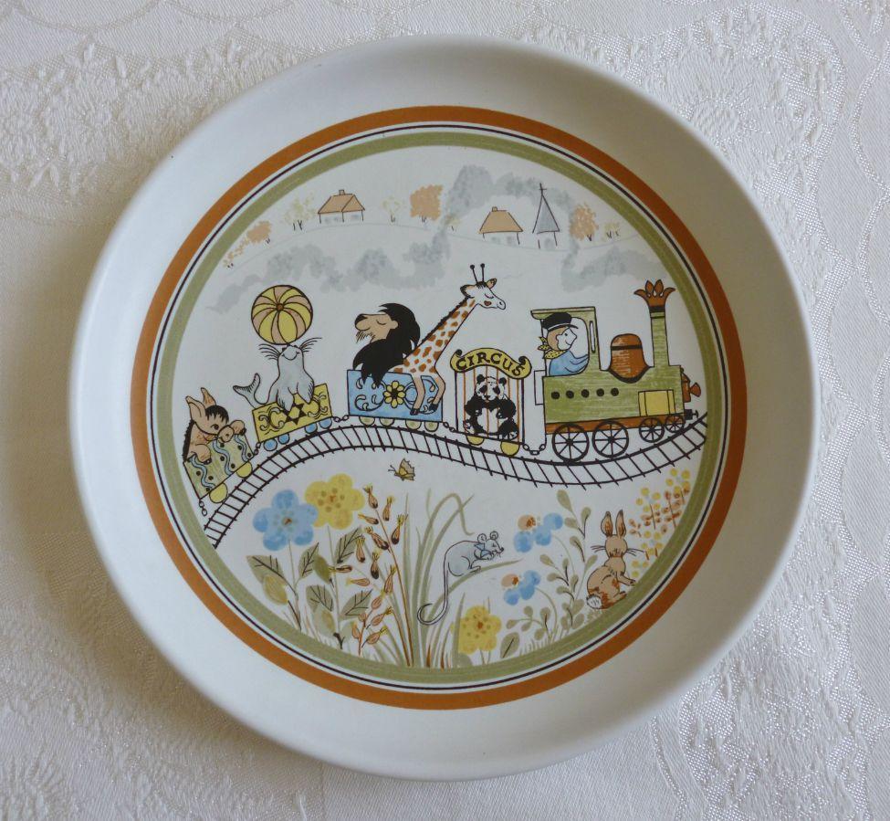 Denby Pottery Safari children s stoneware plate - circus animals train design An original retro vintage & Denby Pottery Safari children s stoneware plate - circus animals ...