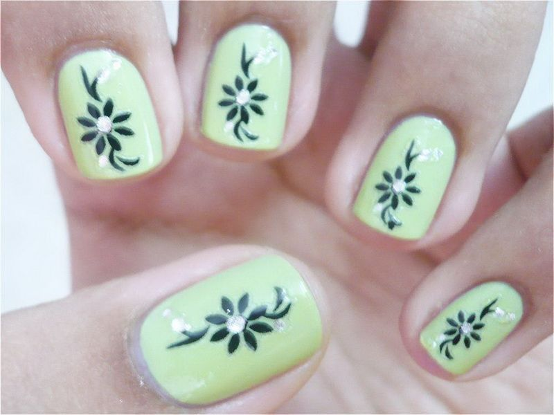 Emejing Easy Flower Nail Designs To Do At Home Photos - Interior
