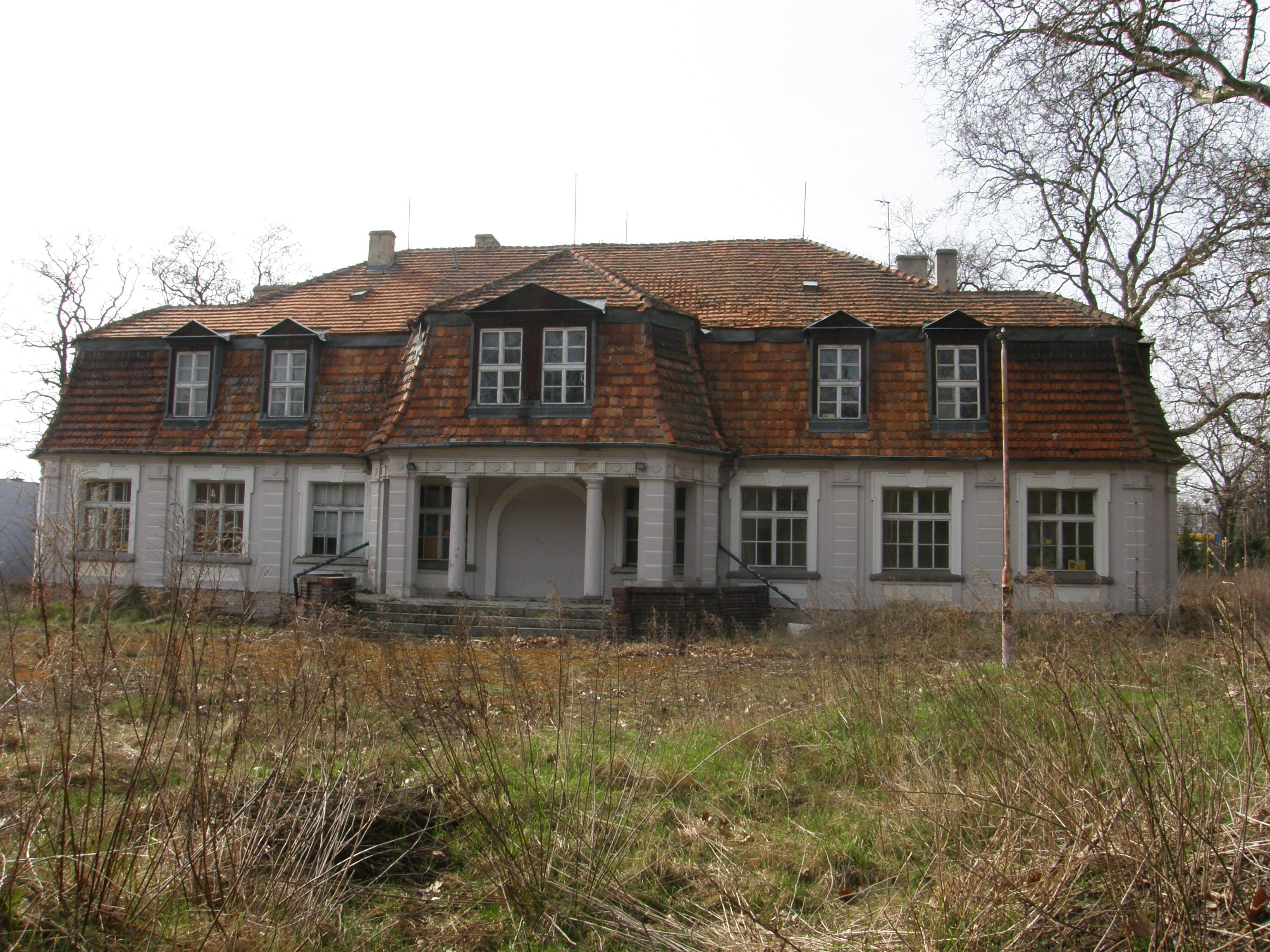 Poznan Piotrowo 2016 Zdjecie Tomek Malik Architecture Mansions Homes Mansions