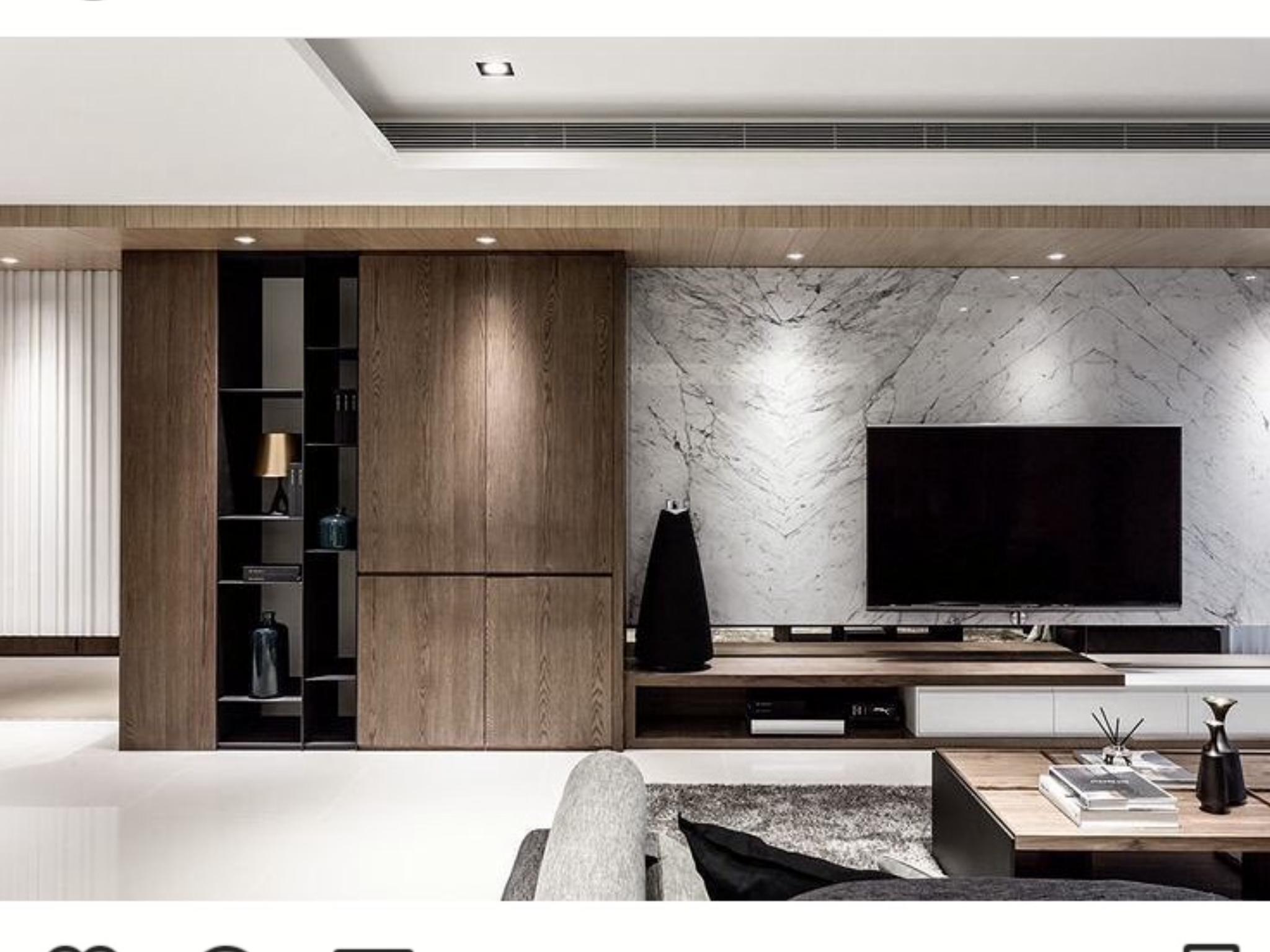 Porta televisori a muro excellent parete attrezzata porta tv con pannello a muro estraibile ed - Porta televisori a parete ...