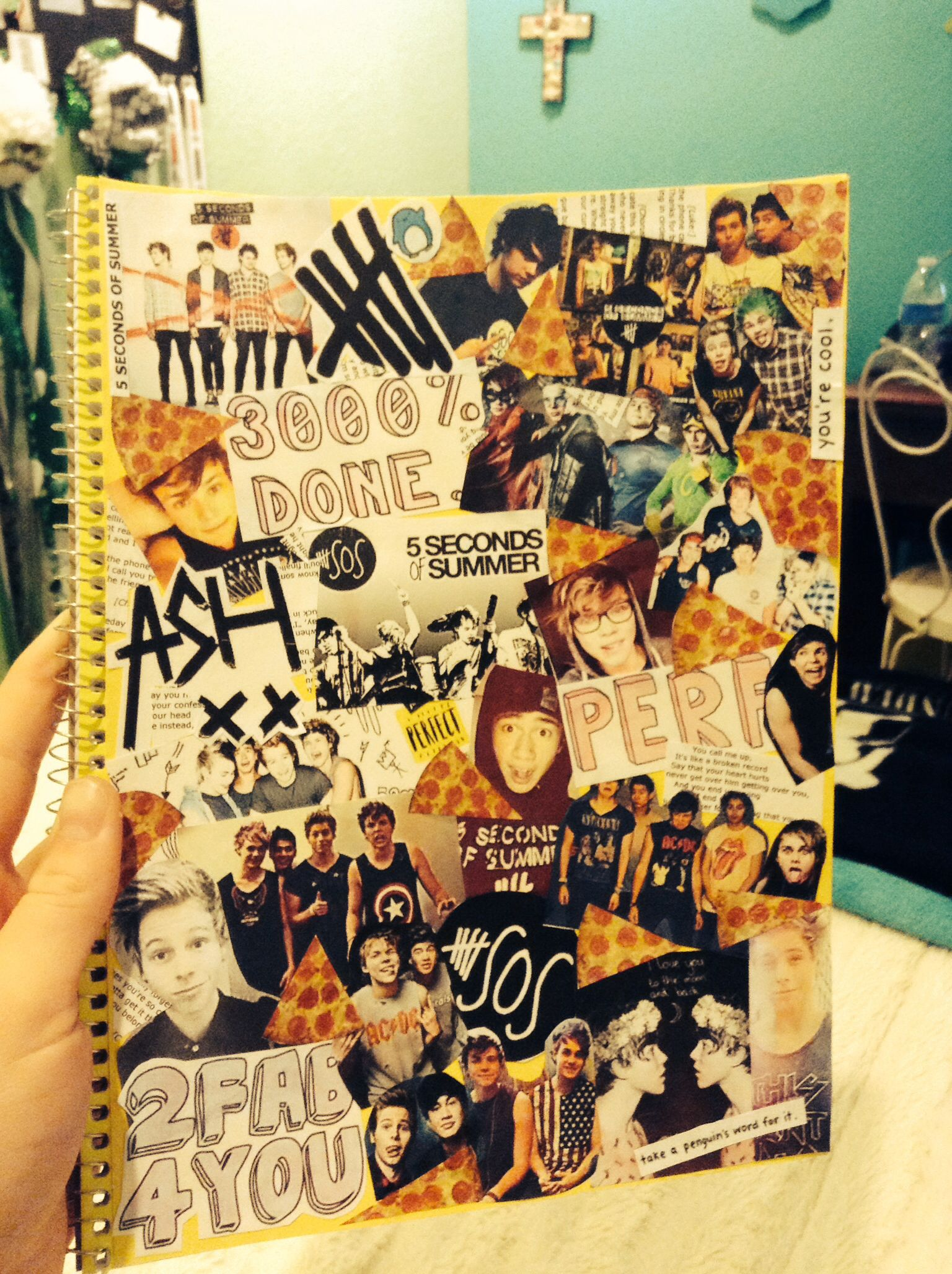 My homeade 5 sos notebook my diy of the day by kiki for Room decor 5sos