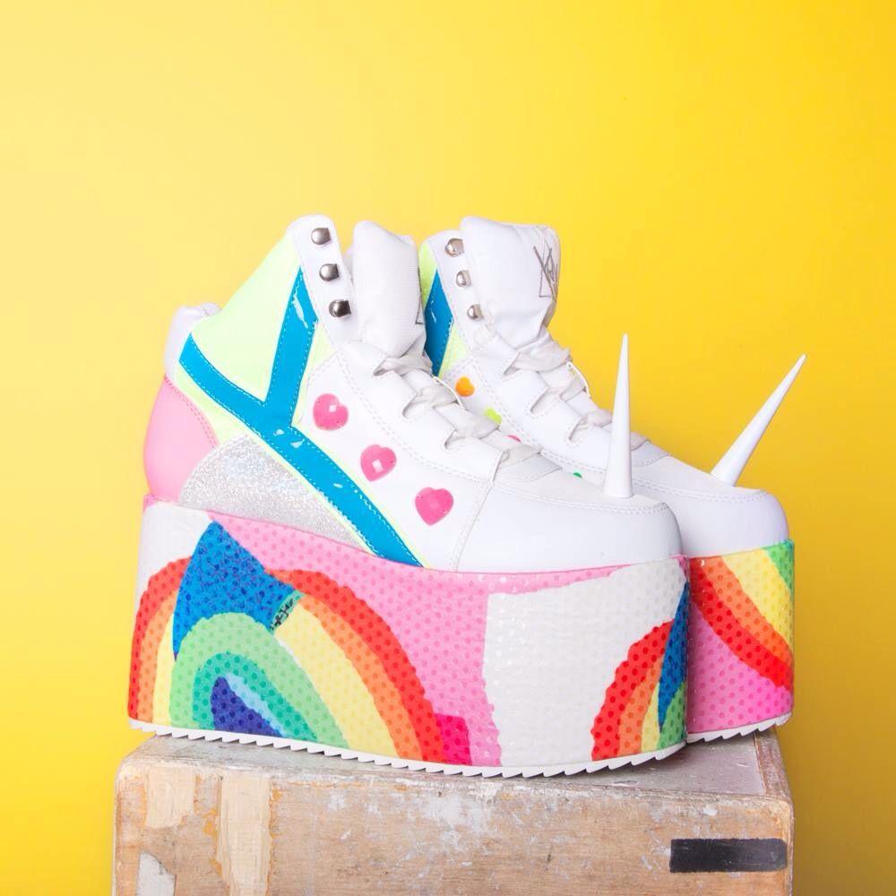 Resultado de imagen para Zapatos de unicornio tumblr
