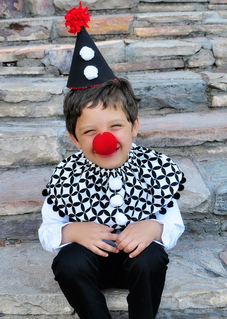 zirkus kost me kinder clown kost m selber machen fasching in 2019 halloween costumes. Black Bedroom Furniture Sets. Home Design Ideas