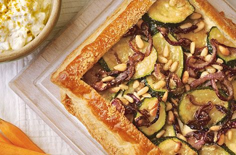 Courgette and red onion tart - Tesco Real Food
