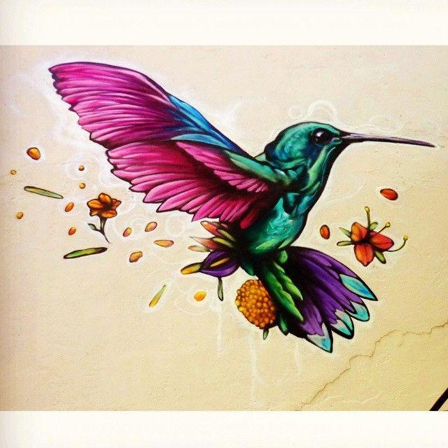 """""""Aleteo"""" @farid_rueda #spraypaint #streetart #streetarteverywhere #graffiti #graffitiporn #hummingbird #colibrí #faridrueda #mexico"""