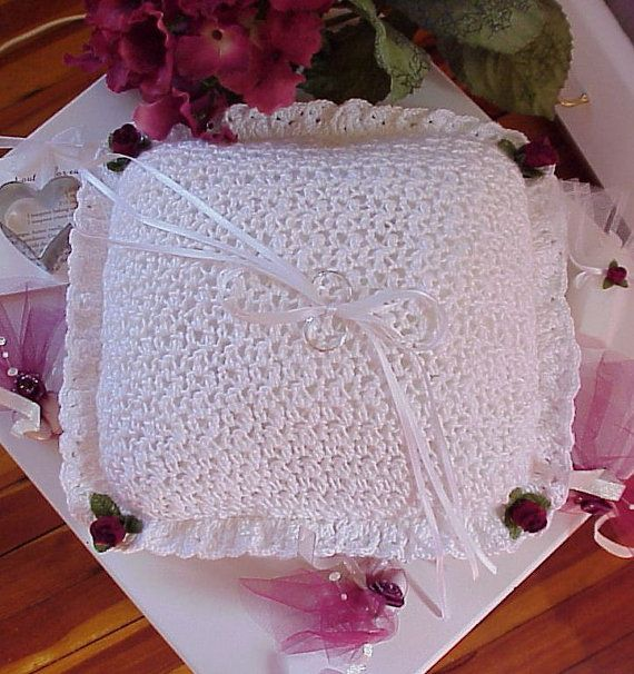 CROCHET PATTERN Wedding Ring Bearer Pillow BRIDAL Wedding ring