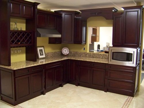 Chocolate brown paint kitchen cabinets i also like this for Brown kitchen cabinets with black granite