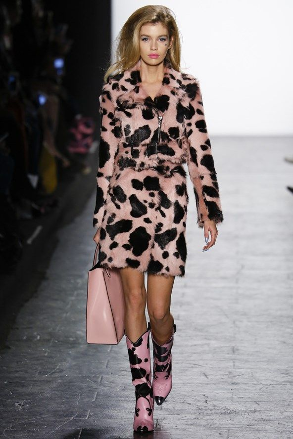 See the Jeremy Scott autumn/winter 2016 collection. Click through for full gallery at vogue.co.uk