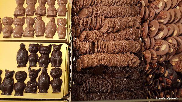 Donde Tomar Y Comprar Chocolate En Gante Visitgent Gent Ghent Belgium Belgica Chocolade Food Chocolates Gante Chocolates Belgas
