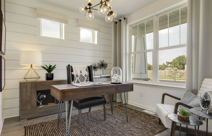 Oakwood Ponds Expressions Collection by Pulte Homes
