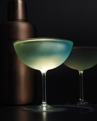 Dating chartreuse cocktails