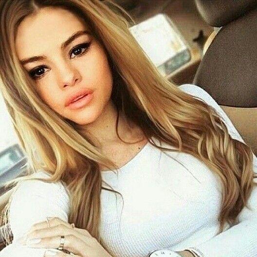 Selena Gomez Edit Long Hair Styles Long Hair Girl Balayage Long Hair