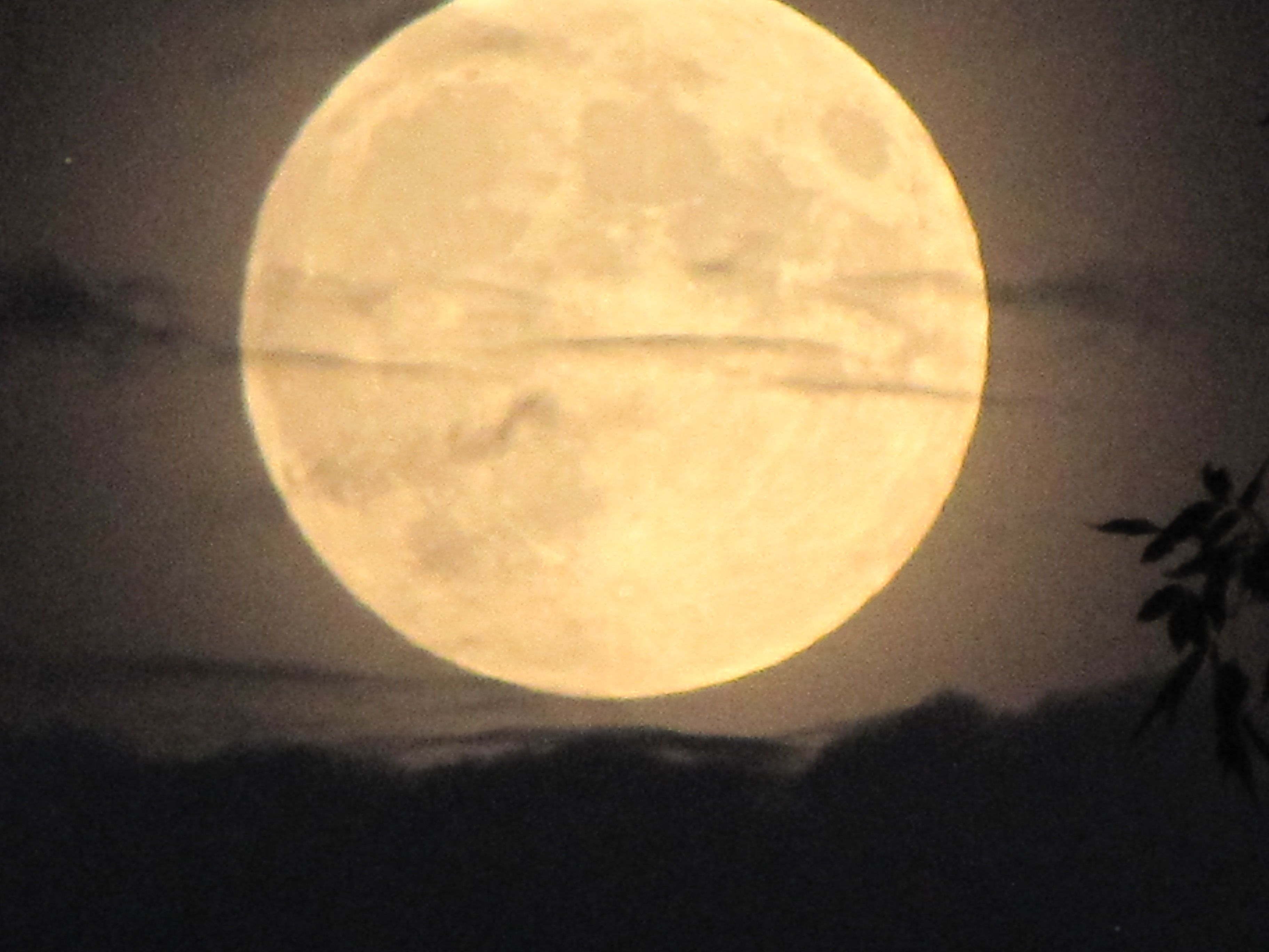 OCT 2014 Moon rising in Montana
