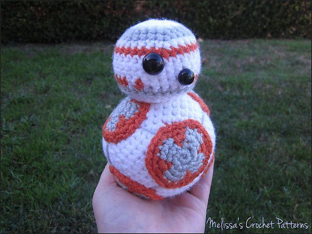 Patrón en español del amigurumi del robot BB8 de Star Wars. Paso a ...