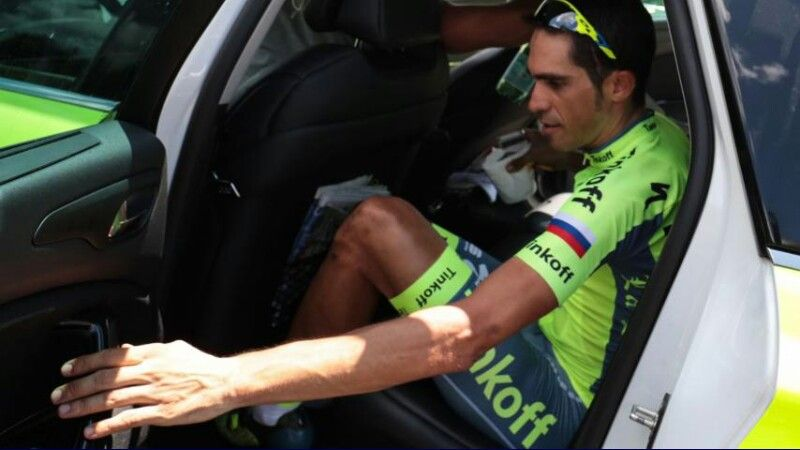 Contador stapte af in de 9e étappe.