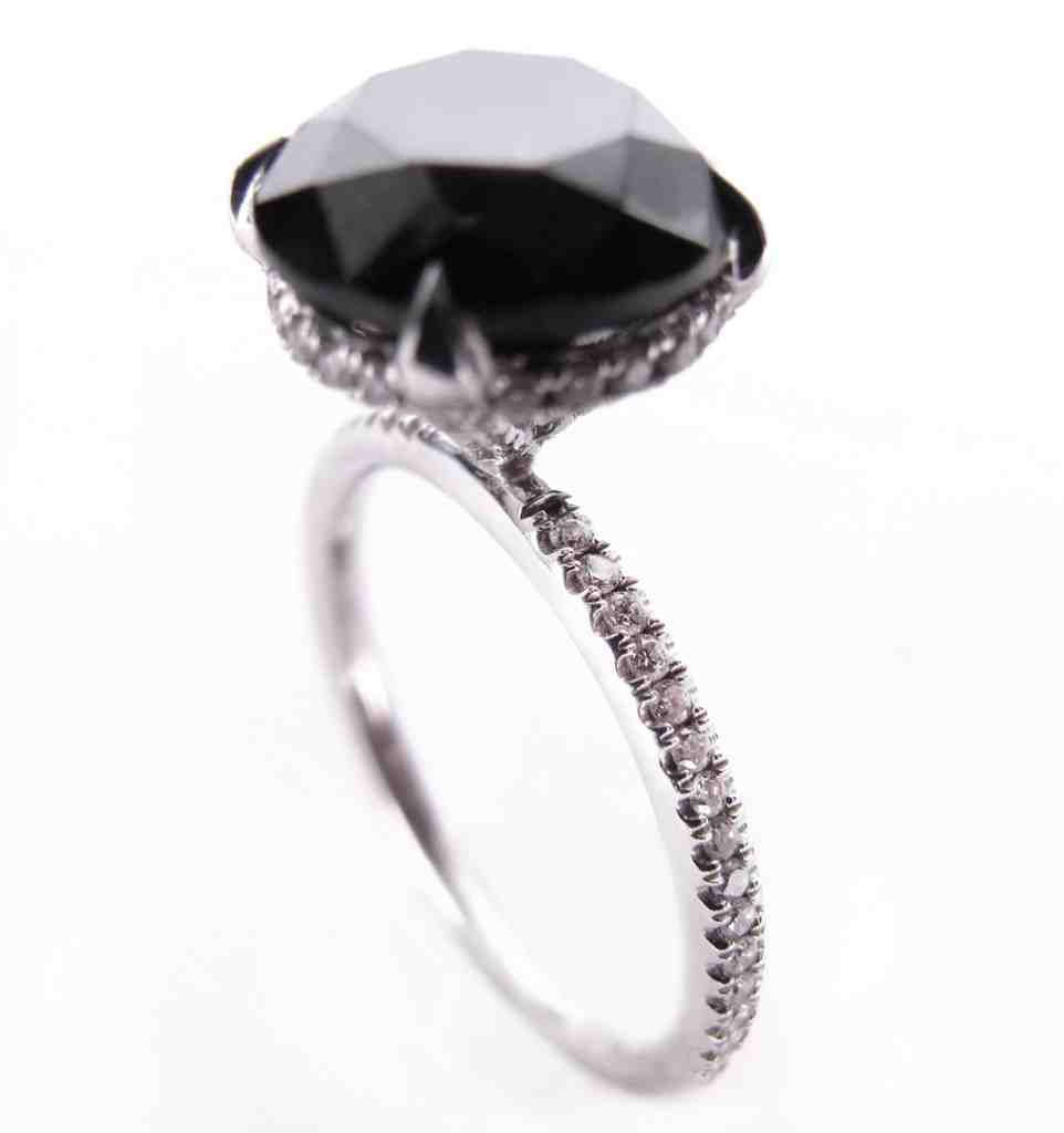 Carrie Bradshaw Black Diamond Engagement Ring | TV Black Diamond ...