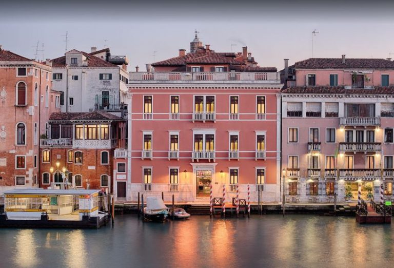 Photo of Hotels Close to Grand Canal Venice