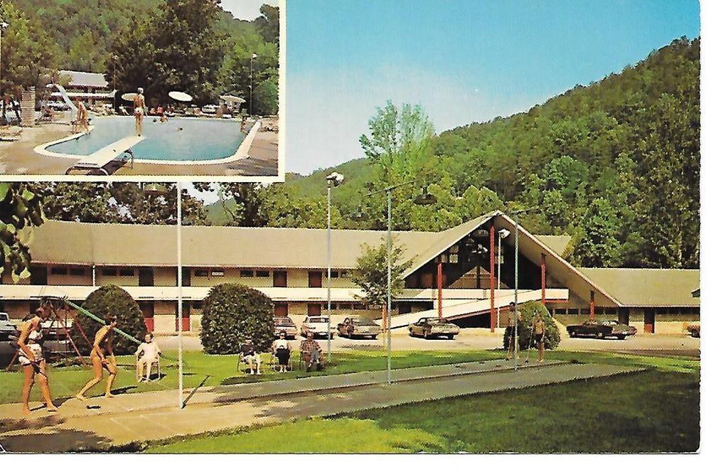 Gatlinburg, Tennessee, Twin Islands Motel & Restaurant
