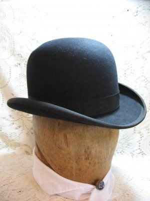 c881720a917 Early 1900s Black Bowler Derby Man s Hat   Vintage Touch ~ SOLD ...
