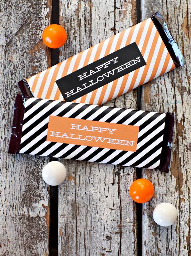 21 Halloween Party Favors and Treat Bag Ideas Pinterest Candy - halloween treat bag ideas