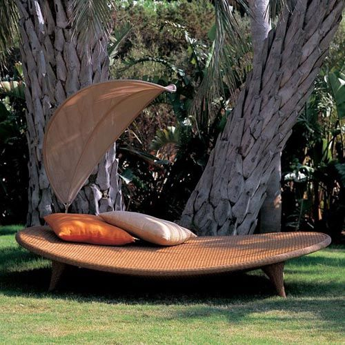 Cool Chaises Heat Up Outdoor Spaces Outdoor Wicker Furniture