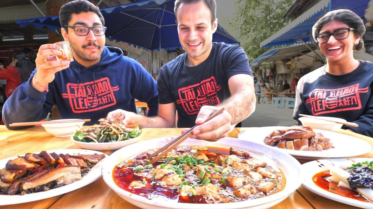 Insane Chinese Street Food Tour Of Chengdu China Crazy Chinese Street Foods In Sichuan China Youtube Chinese Street Food Street Food Food