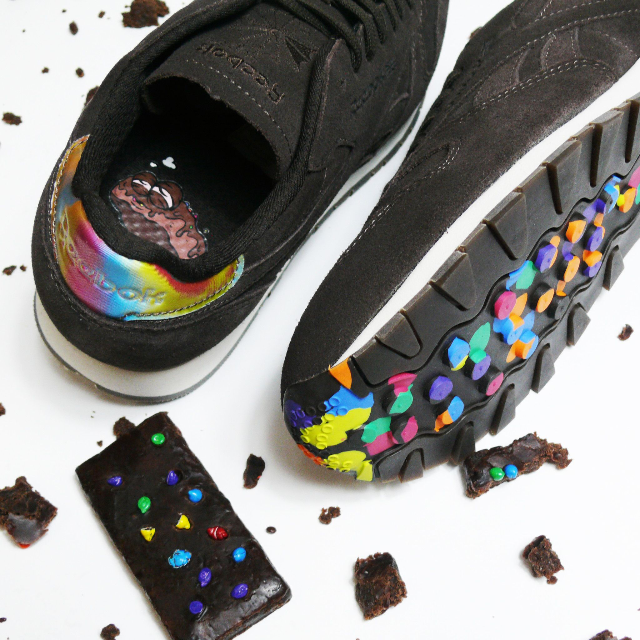 221359cef5b Reebok classic leather leather MSP munchies pack cosmic brownies ...
