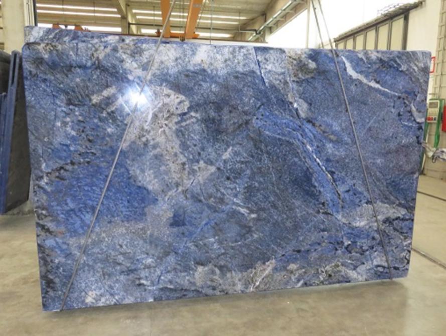 A Breathtaking Slab Of Azul Bahia Granite Seen On The Showroom Floor Here At Boston Granite Exchange How Would You Use Granite Slab Granite Natural Stones