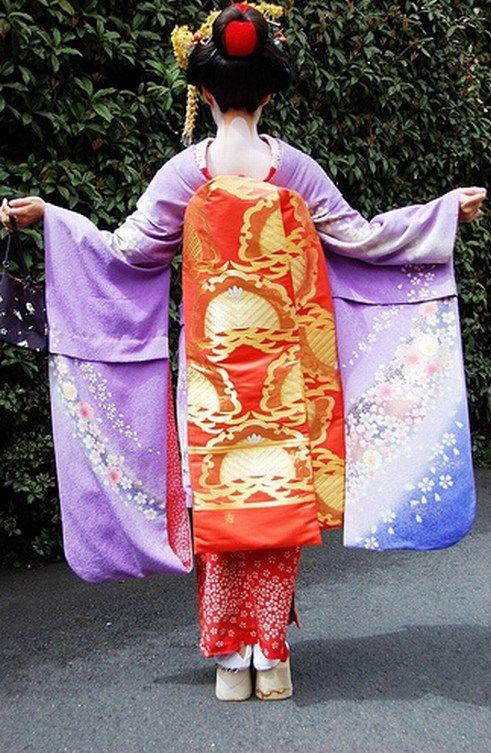 Long Maiko Color Symbolism Geisha Dreams Pinterest Geisha